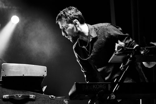 "BILL LAURANCE, solo von ""Snarky Puppy"""