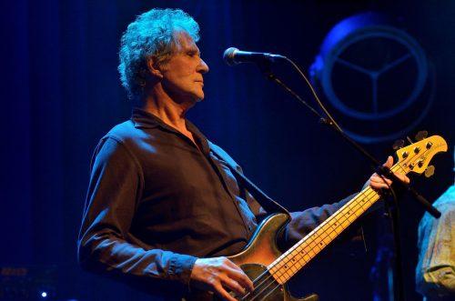 JOHN ILLSLEY (of Dire Straits) & Band
